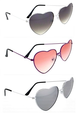 #3-11200 Heart Shaped Fashion SUNGLASSES - $2.25 each(12 pieces)